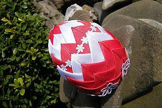Dekorácie - Patchworkové vajíčko červeno-biele - 5253997_