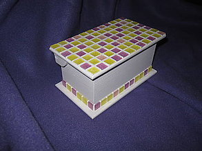 Krabičky - biela krabička s mozaikou - 5264431_