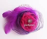 Pierka - Náramok pre družičku cyklamenovo - fialový s perím - 5268960_