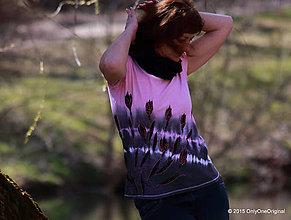 Tričká - Dámske tričko batikované a maľované ČERVENÉ SNEŽIENKY - 5298209_