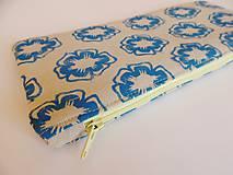 Taštičky - Ľanový peračník s kvietkovou potlačou - modro-žltý - 5307614_