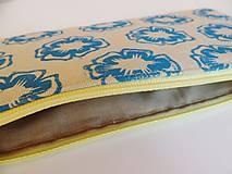 Taštičky - Ľanový peračník s kvietkovou potlačou - modro-žltý - 5307615_
