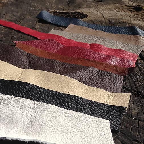 Ústrižky kože (Rôzne farby)