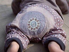 Detské oblečenie - Puntíkaté s kytkou - 5310099_