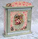 Krabičky - V ružových perinách - 5324075_