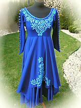 Šaty - Tyrkysová maľba na tmavomodrých šatách.. - 5326052_