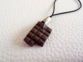 Na mobil - nakusnutá čokoládka - prívesok na mobil - 5330516_