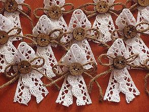 Pierka - Č. 47 Vintage krajkové pierka s gombíkom - 5342465_