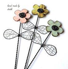 Dekorácie - Kvetinka...ktorá nikdy nezvädne :) 1 kus - 5360656_