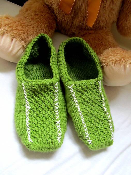 40f338fef2451 Zelené pánske papuče,mokasíny / pletana - SAShE.sk - Handmade Obuv
