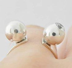 Prstene - 925 Strieborný prsteň, ručná práca, zirkon R41 - 5369547_