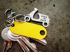 Kľúčenky - SKÚTER / OBOJSTRANNE RAZENÝ TEXT / 2mm hrúbka - 5375990_