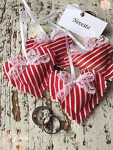Darčeky pre svadobčanov - Srdiečko {červené - pásik} - 5386836_