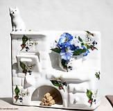 Dekorácie - Keramická piecka s mačkou - konvalinky - 5405324_