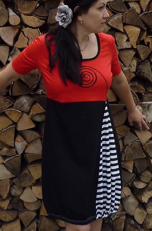 2aab81bc85ff Šaty XL-XXL   femina-halens - SAShE.sk - Handmade Šaty