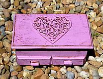 Krabičky - Fialkové srdce v schabby chic - 5414226_