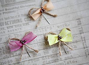 Pierka - Originálne svadobné pierka pre hostí #3 - 5418349_