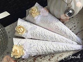 Darčeky pre svadobčanov - Svadobný kornút {Ivory} - 5424494_