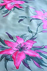 Šatky - Hodvábna šatka s kvetmi - Ružové ľalie - 5431405_