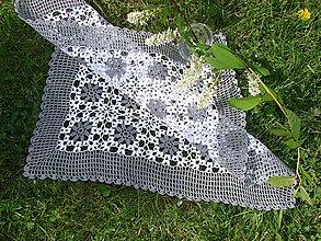 Úžitkový textil - háčkovaný obrus