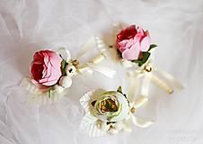 Pierka - svadobné pierko pivonka s bobuľkami - 5445737_