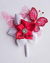 svadobné pierko červené s motýľom