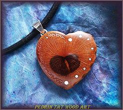 Náhrdelníky - 428. Drevený náhrdelník SLIVKA - koren - 5476729_