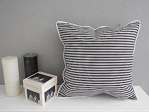 Úžitkový textil - vankúš vzor čierno-biely - 5480190_