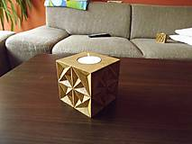 Svietidlá a sviečky - Drevený svietnik - 5488041_