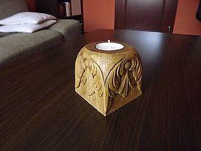 Svietidlá a sviečky - Drevený svietnik anjelik - 5487961_