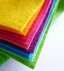 Textil - Mix 10tich pestrofarebných FILC štvročekov 15x15cm - 5487530_