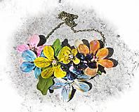 Náhrdelníky - flowers 8 náhrdelník - 5490604_
