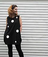 Šaty - FNDLK úpletové šaty 17 BK - 5492674_