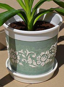 Nádoby - Kvetináč zelený 15x14,5cm - 5506164_