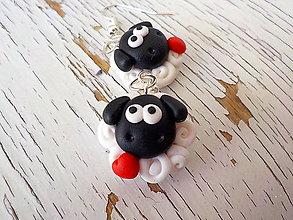 Náušnice - čierno biele ovečky so ♥ - náušnice - 5512715_