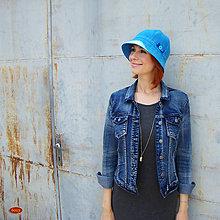 Čiapky - modrý klobouk z hrubšího plátna, s mašličkou - 5519697_