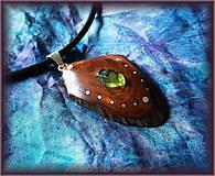 Náhrdelníky - 443. Drevený náhrdelník - Tatranská Borovice - OLIVÍN - 5531320_