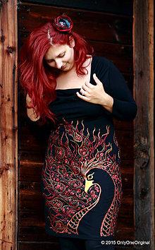 Šaty - Šaty úpletové s vodopádovým golierom, maľované VTÁČIK OHNIVÁČIK - 5538946_