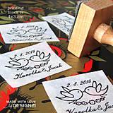 Darčeky pre svadobčanov - Letiaci vtáčky: pečiatka 4x3 cm - 5538661_