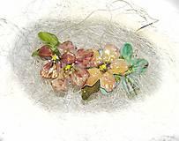 mentolkový nenápadník -kvetinový náhrdelník