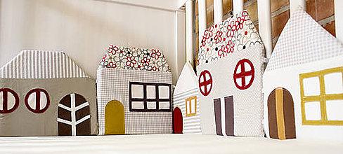 Textil - Domy z Béžovej ulice - 5549177_