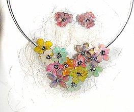 Sady šperkov - lel tanečnice- kvetinový náhrdelník a náušnice - 5555982_