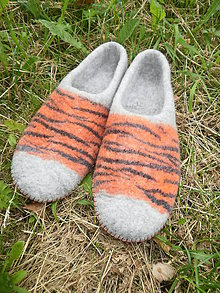 Obuv - Pánske papuče Tigrie - 5566323_