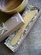 Nože - drevený nátierkový nožík - 5571594_
