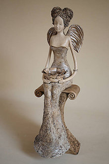 Socha - Anjel strážny VIII so svietnikom - 5588767_
