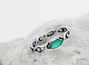 Prstene - Prsteň so smaragdom Všetko vidím,  striebro 925 - 5592721_