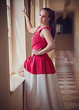 Šaty - Spoločenské/ Plesové šaty s vyšívaným korálovým živôtikom ZĽAVA - 5597677_