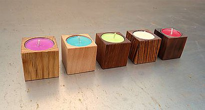 Svietidlá a sviečky - Drevený svietnik na jednu sviečku - 5606243_