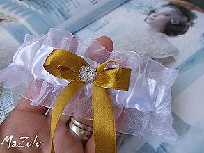 Bielizeň/Plavky - svadobný podväzok v zlatom - 5607023_