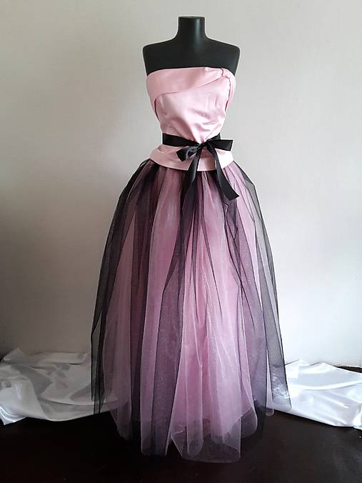 Tylová dlhá sukňa-ružová s čiernou   BouquetsByLucia - SAShE.sk ... f5af621473